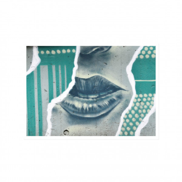 Postkarte quer, Streetart, GREEN LIPS