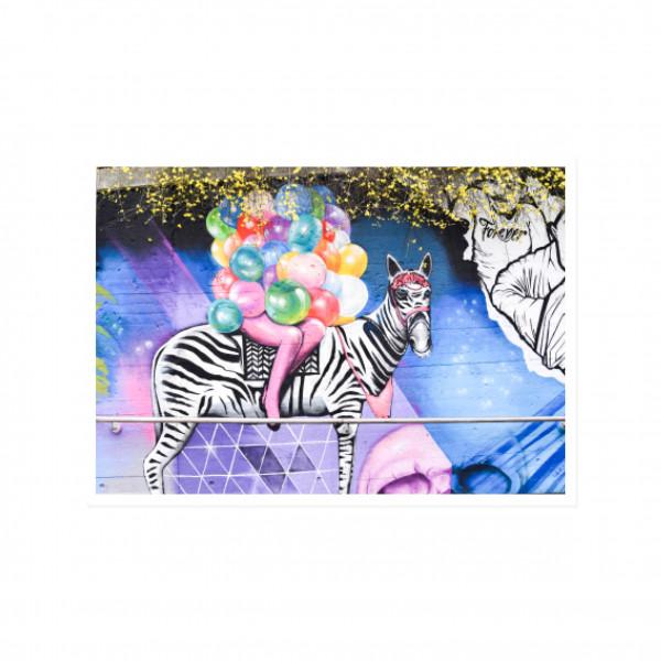 Postkarte quer, Streetart, BALLOON ZEBRA