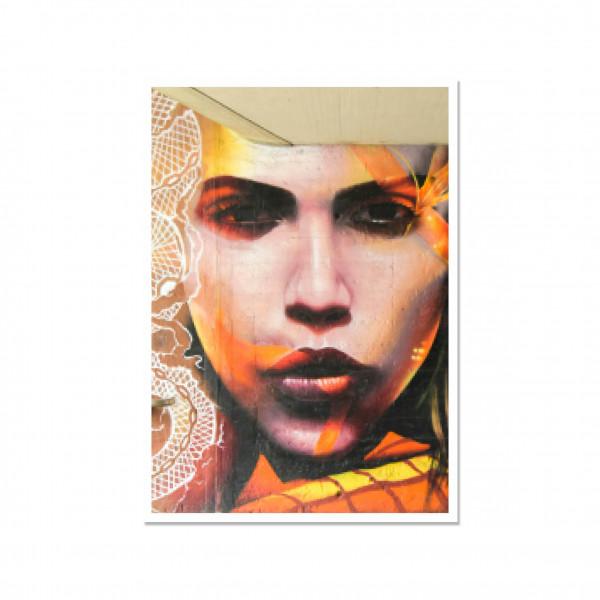 Postkarte hoch, Streetart, RED FIERCE SEDUCTION