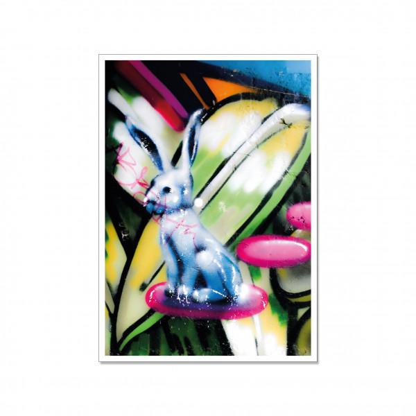 Postkarte hoch, Streetart, BLUE BUNNY