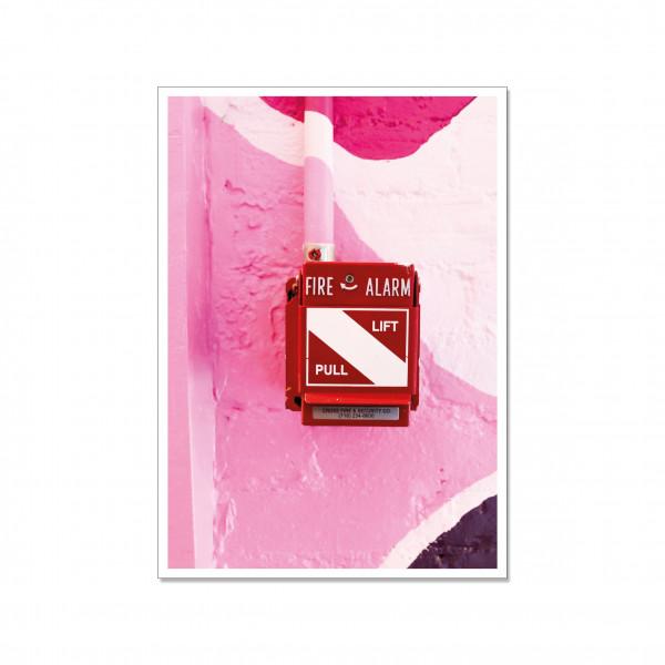 Postkarte hoch, Streetart, FIRE ALARM