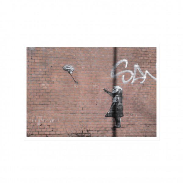 Postkarte quer, Streetart, FLY FLY AWAY LITTLE BRAIN
