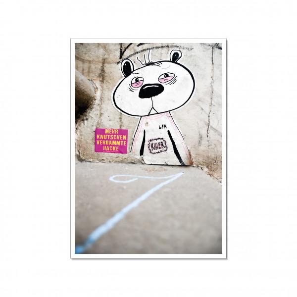 Postkarte hoch, Streetart, MEHR KNUTSCHEN!